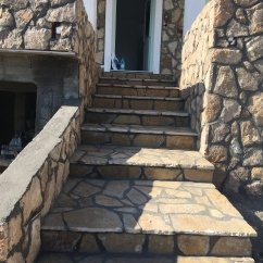 Stone cladding and crazy paving